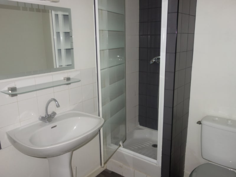 Location appartement La roche sur yon 490€ CC - Photo 5