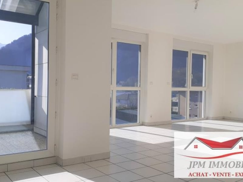 Sale apartment Cluses 215000€ - Picture 2