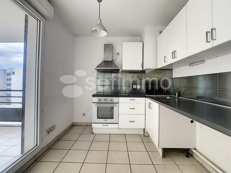 Rental apartment Marseille 2ème 896€ CC - Picture 2