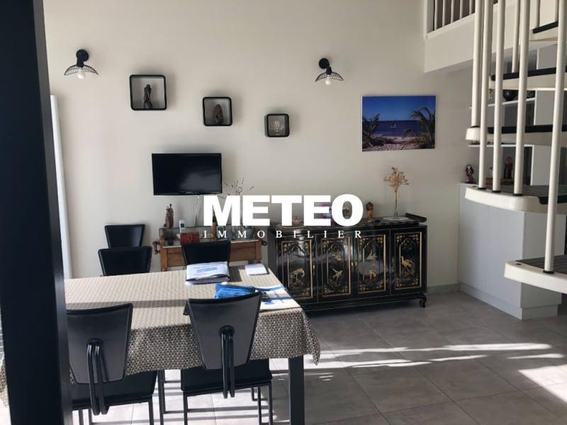 Sale apartment Les sables d olonne 289000€ - Picture 2
