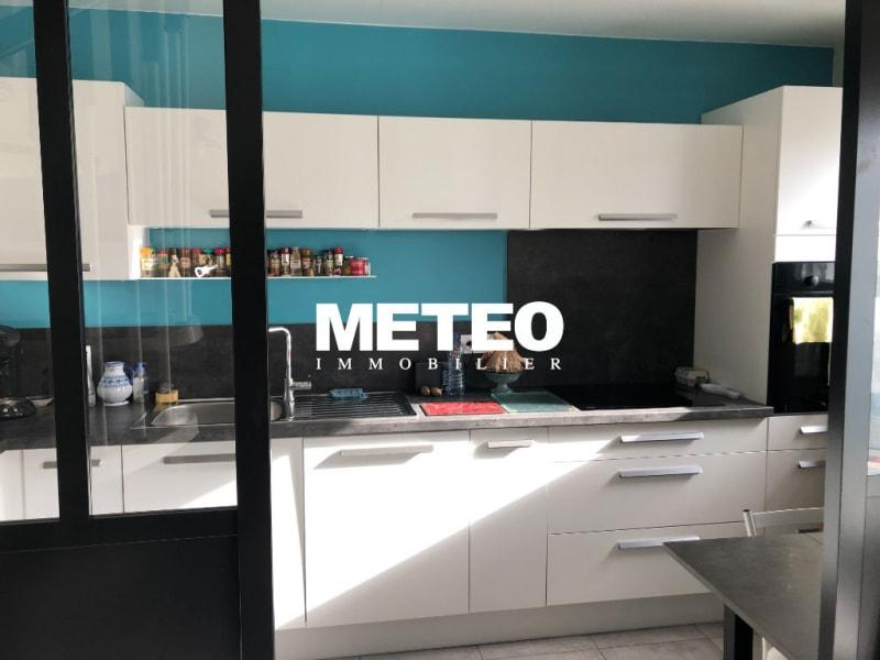 Sale apartment Les sables d olonne 289000€ - Picture 3