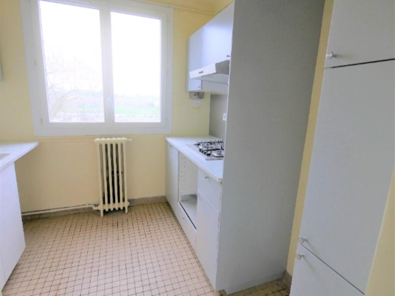 Rental apartment Garches 1190€ CC - Picture 4