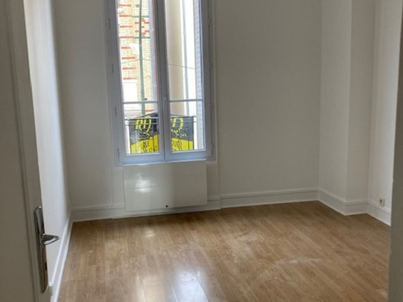 Rental apartment Courbevoie 805€ CC - Picture 3