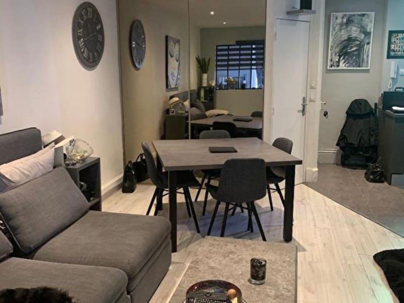 Rental apartment Bourgoin jallieu 690€ CC - Picture 3