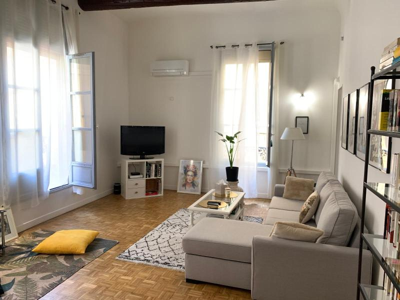 Rental apartment Aix en provence 850€ CC - Picture 1