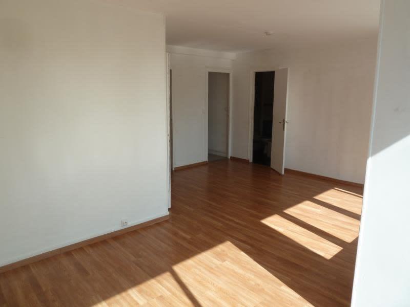 Location appartement Maisons-laffitte 952,64€ CC - Photo 4