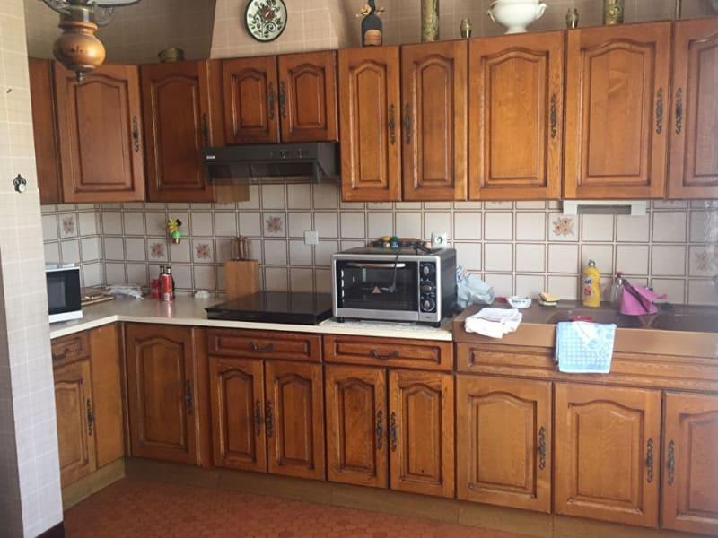 Sale house / villa Aiffres 179000€ - Picture 3