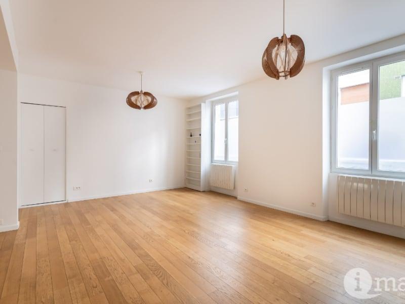 Sale apartment Paris 18ème 625000€ - Picture 1