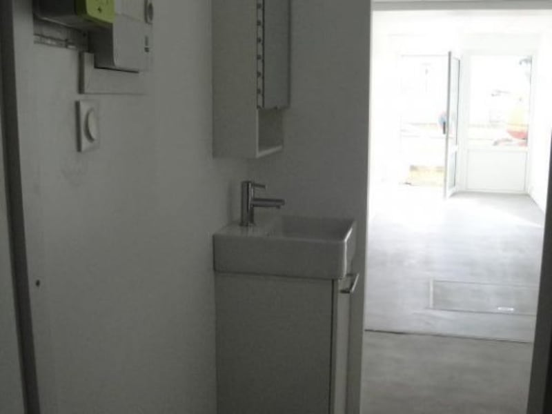 Location local commercial Niort 37,50€ HC - Photo 4