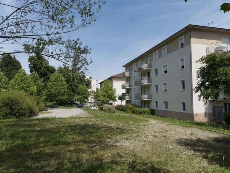 Location appartement Bellignat 522€ CC - Photo 1