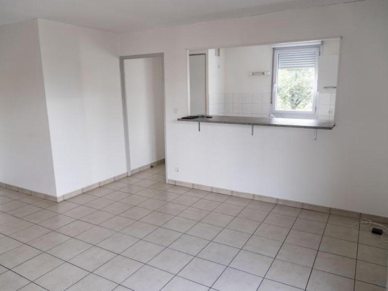 Location appartement Bellignat 522€ CC - Photo 2