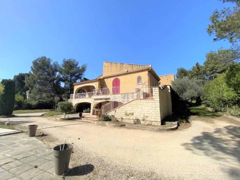 Vente maison / villa Villeneuve les avignon 490000€ - Photo 1