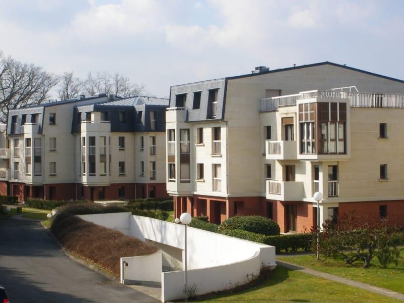 Sale apartment Coye la foret 278000€ - Picture 1