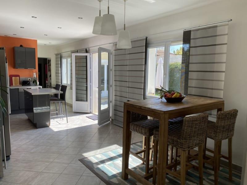 Sale house / villa Les angles 465000€ - Picture 3