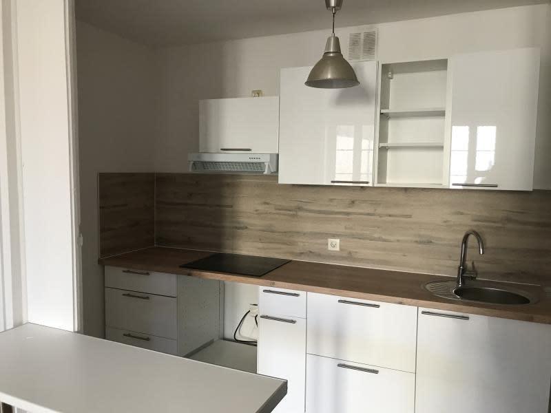 Rental apartment Bordeaux 850€ CC - Picture 2
