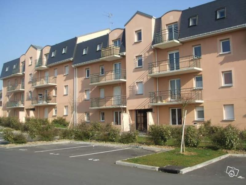 Rental apartment Caudry 470€ CC - Picture 1