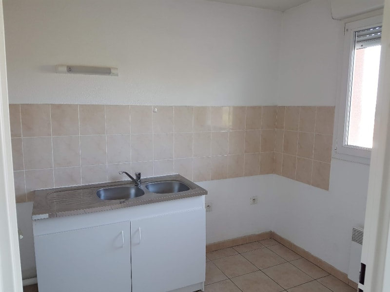 Rental apartment Caudry 470€ CC - Picture 4