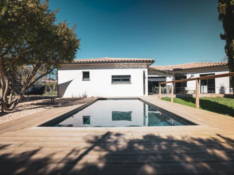 Vente de prestige maison / villa Villemoustaussou 499000€ - Photo 1