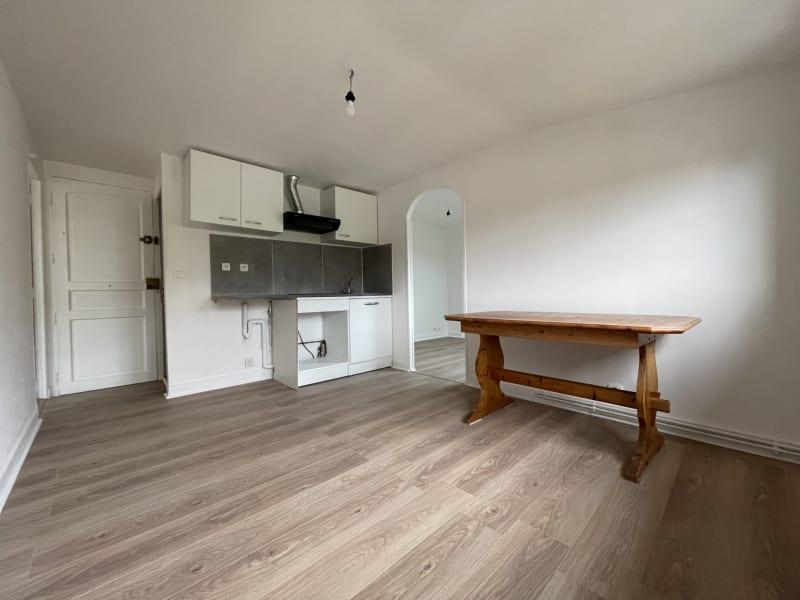Rental apartment Champlan 660€ CC - Picture 2