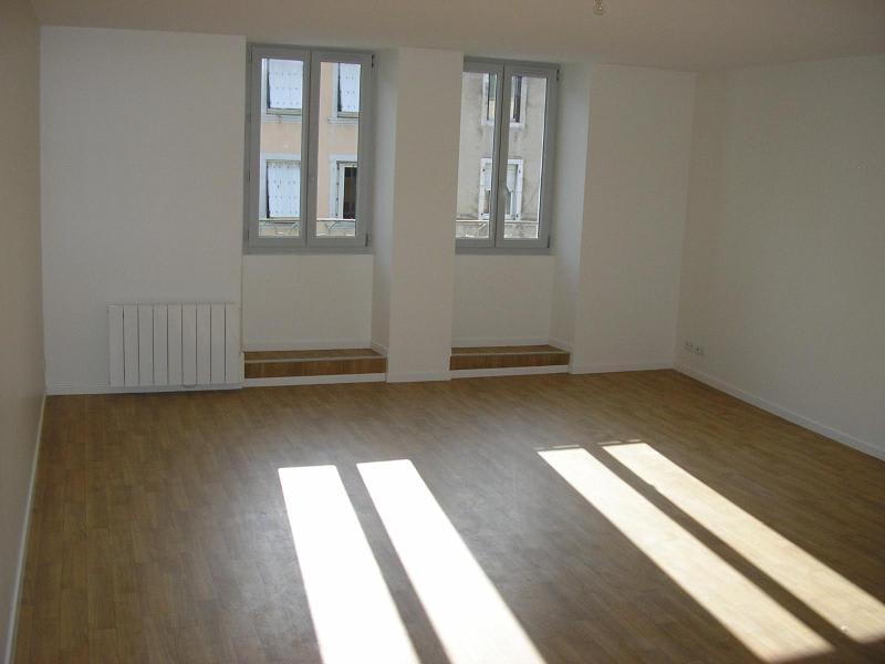 Rental apartment Nantua 450€ CC - Picture 2
