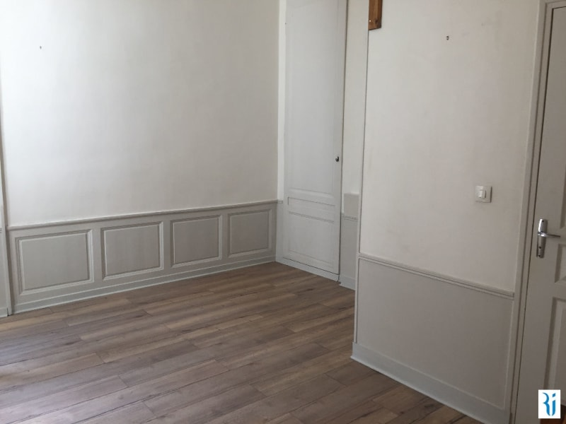 Rental apartment Rouen 460€ CC - Picture 2
