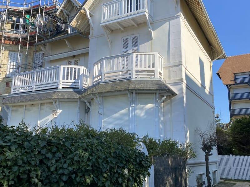 Sale apartment Deauville 369000€ - Picture 3