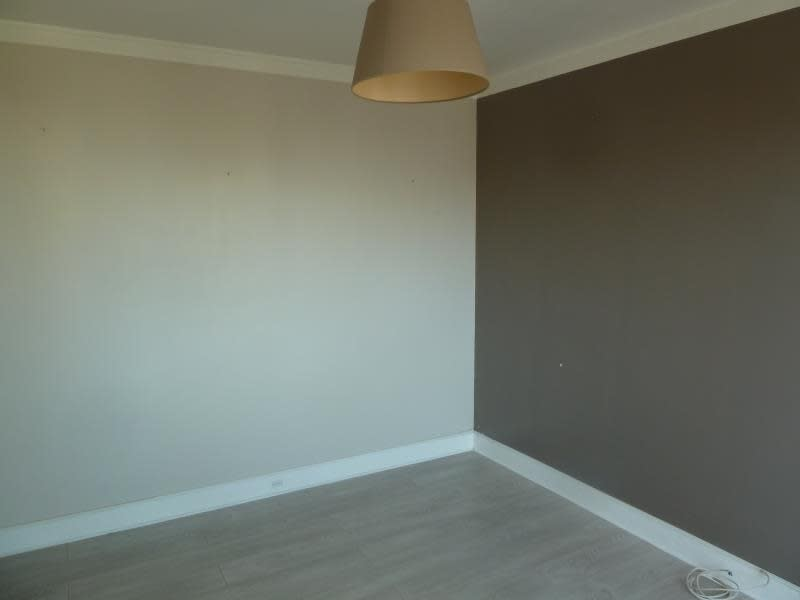 Rental apartment Conflans 696,09€ CC - Picture 4