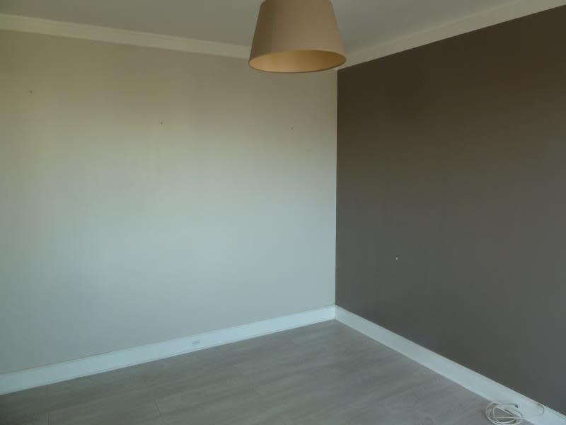 Location appartement Conflans 696,09€ CC - Photo 4