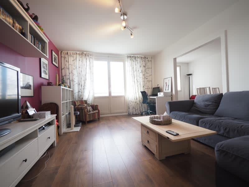 Sale apartment Bois d arcy 252000€ - Picture 2