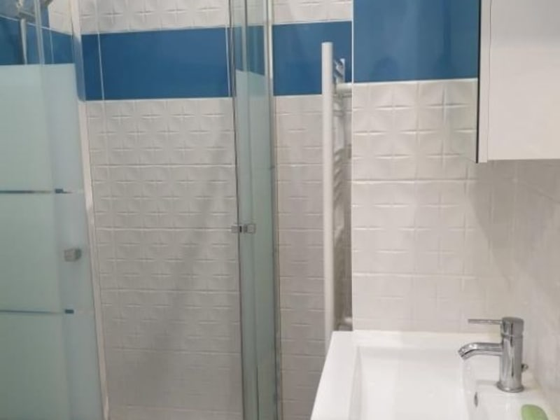 Location appartement Colombes 750€ CC - Photo 5