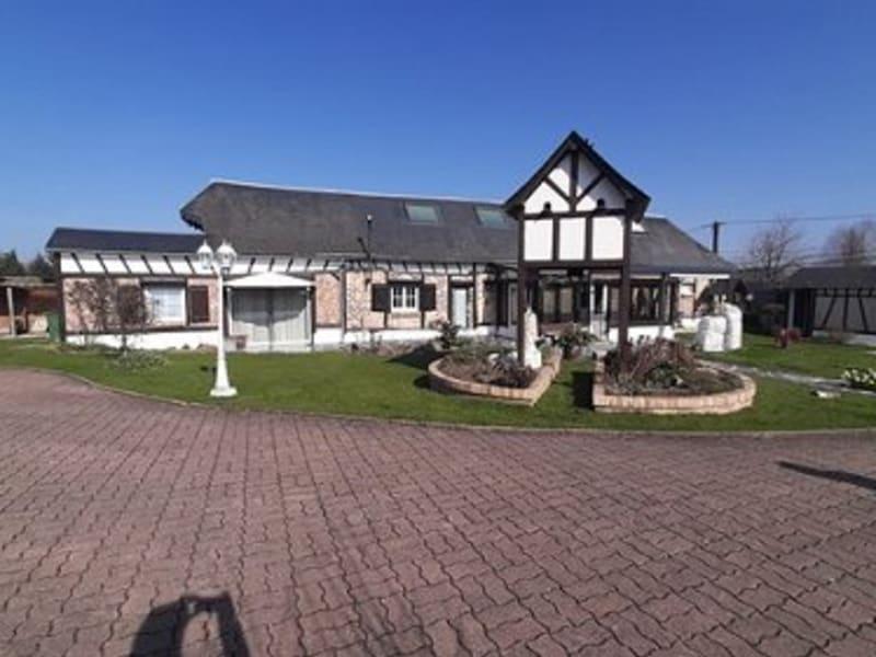 Sale house / villa Aumale 178000€ - Picture 1