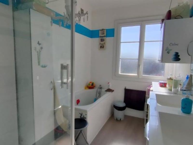 Vente maison / villa Chalus 127700€ - Photo 9