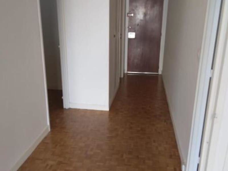 Location appartement Paris 11ème 1 130€ CC - Photo 6