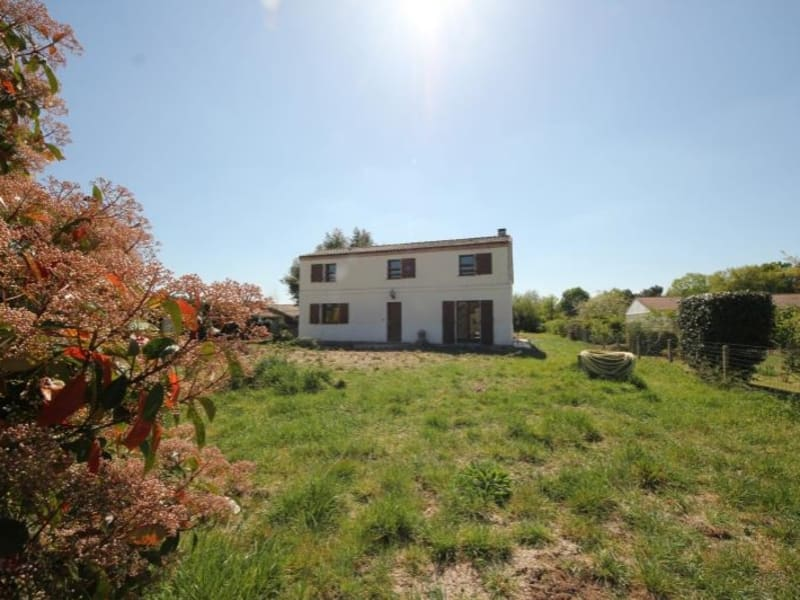 Sale house / villa St sulpice et cameyrac 344000€ - Picture 2