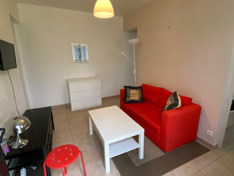 Rental apartment Maisons laffitte 880€ CC - Picture 2