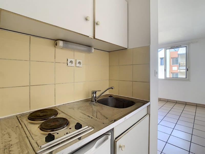 Rental apartment Saint pierre 380€ CC - Picture 4