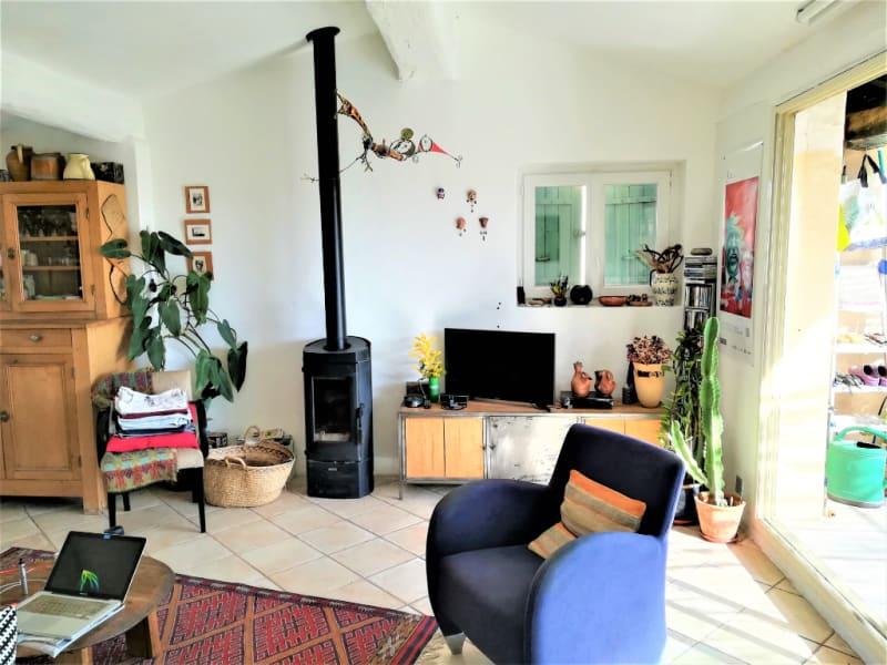 Sale house / villa Le thor 234000€ - Picture 2