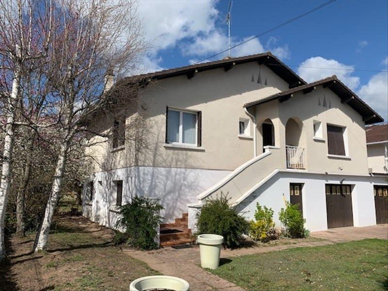 Sale house / villa Riorges 180000€ - Picture 2