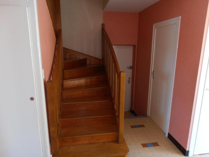 Location maison / villa St martin du fresne 830€ CC - Photo 2