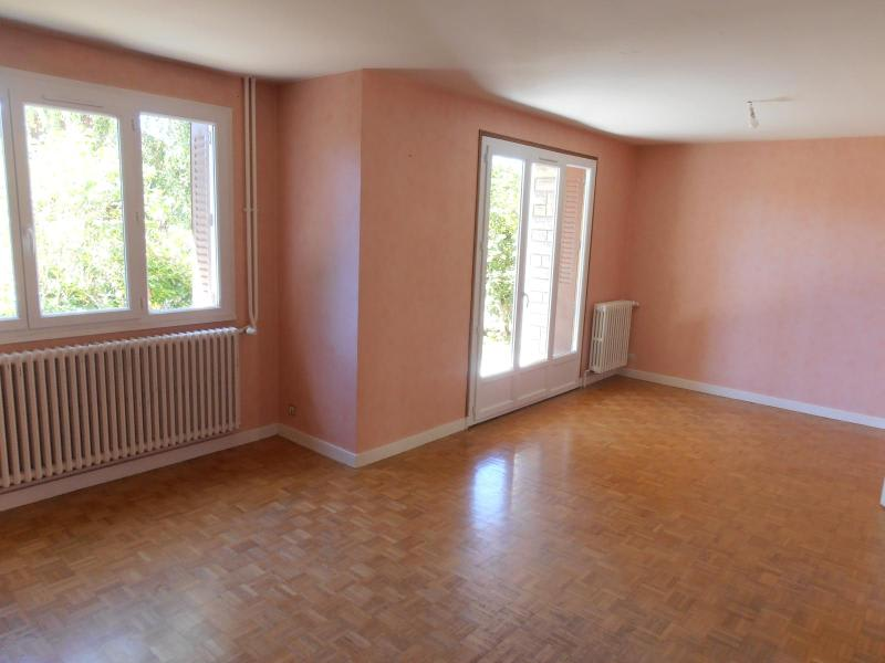Location maison / villa St martin du fresne 830€ CC - Photo 3
