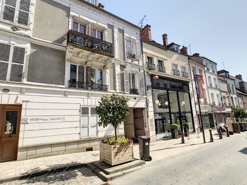 Sale apartment Melun 105000€ - Picture 1
