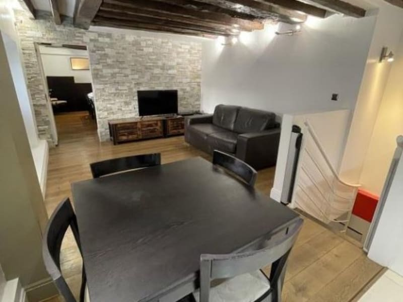 Location appartement Paris 10ème 1 700€ CC - Photo 2