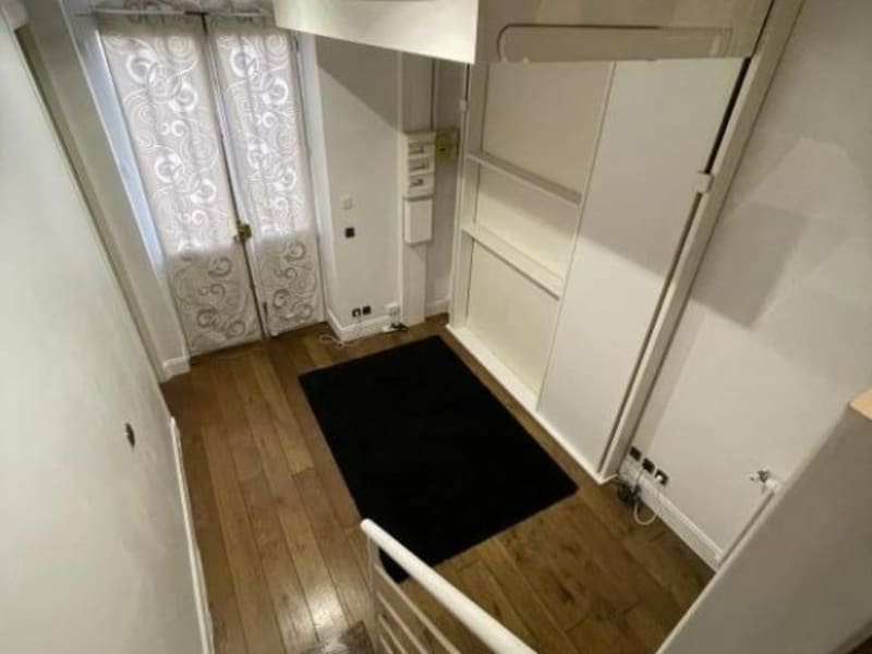 Location appartement Paris 10ème 1 700€ CC - Photo 8