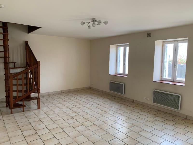 Rental house / villa Aiffres 560€ CC - Picture 3