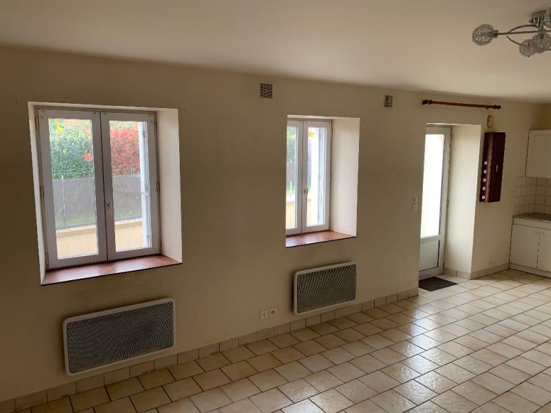 Rental house / villa Aiffres 560€ CC - Picture 4