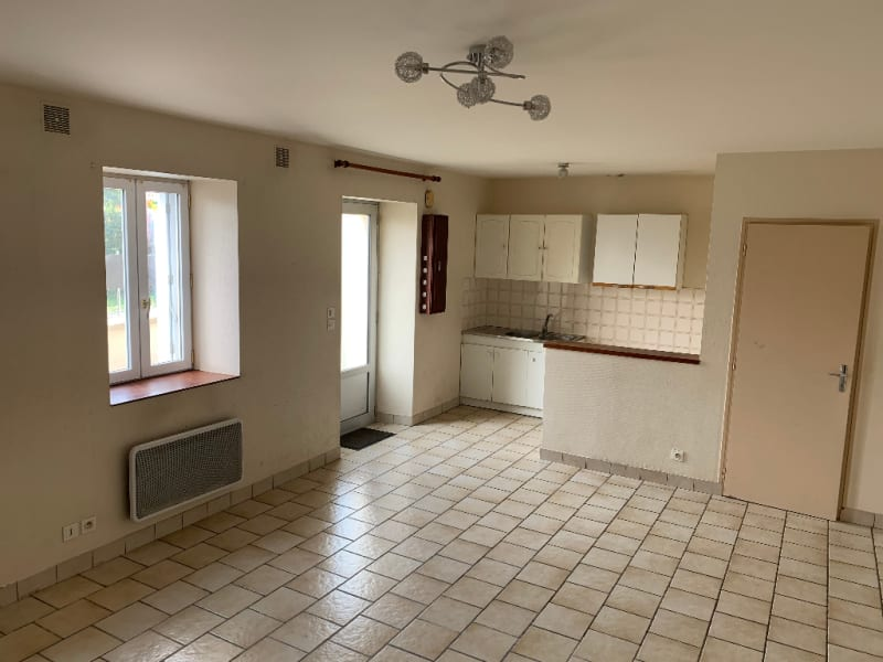 Rental house / villa Aiffres 560€ CC - Picture 5