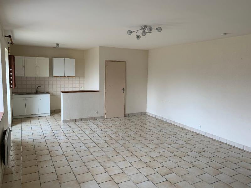 Rental house / villa Aiffres 560€ CC - Picture 6