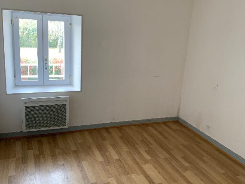 Rental house / villa Aiffres 560€ CC - Picture 9