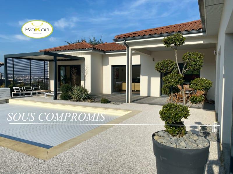 Sale house / villa Vourles 950000€ - Picture 1
