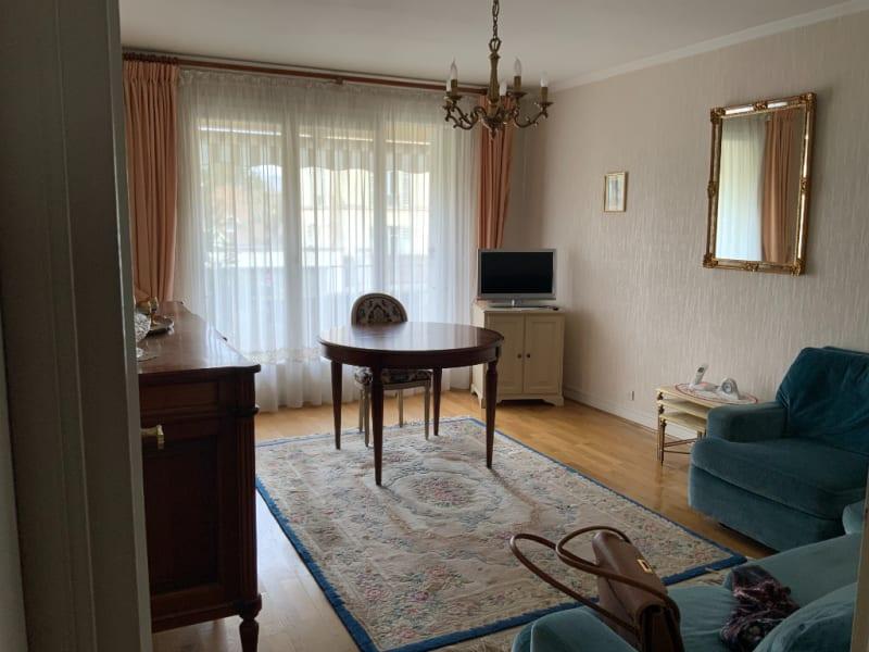 Sale apartment Versailles 434700€ - Picture 2